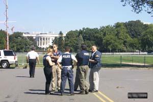 白宫前布满了警察
